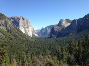 Yosemite tunnel view overlook: El Capitan, Bridalveil Falls, and Half Dome