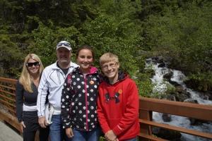 Mendenhall Glacier Park hike